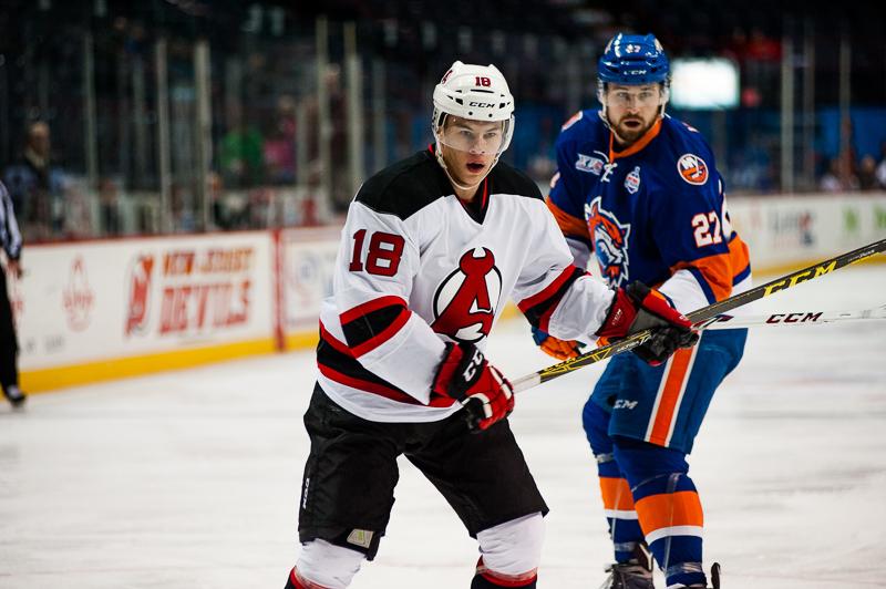 Devils vs Sound Tigers 11252015 (1)