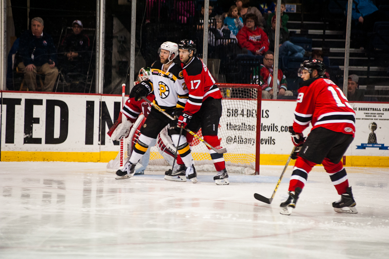 Devils vs Bruins 12262015 (14)