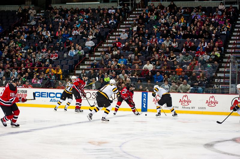 Devils vs Bruins 12262015 (15)