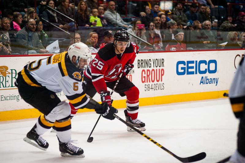 Devils vs Bruins 12262015 (6)