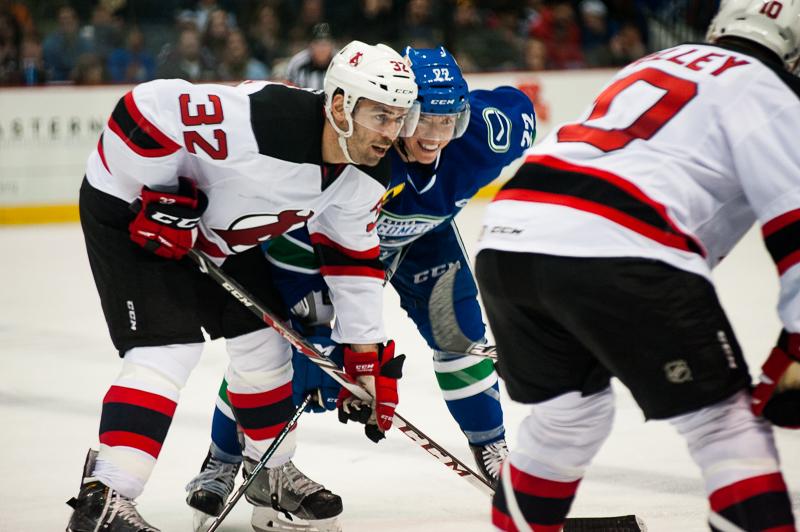 Devils vs Comets (26)