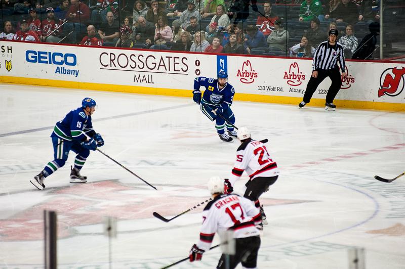 Devils vs Comets (18)