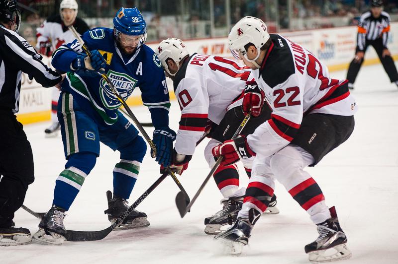 Devils vs Comets (7)