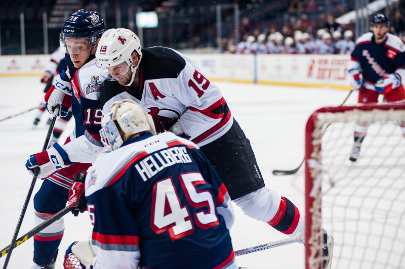 Devils vs Wolf Pack (3)