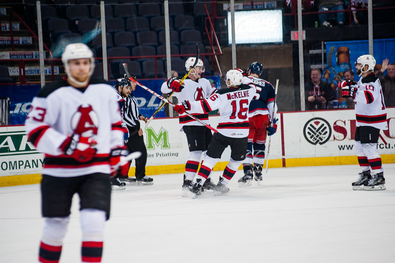 Devils vs Wolf Pack (9)