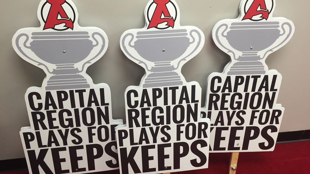 Playoff-Signs