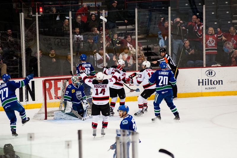 Devils vs Comets (20)